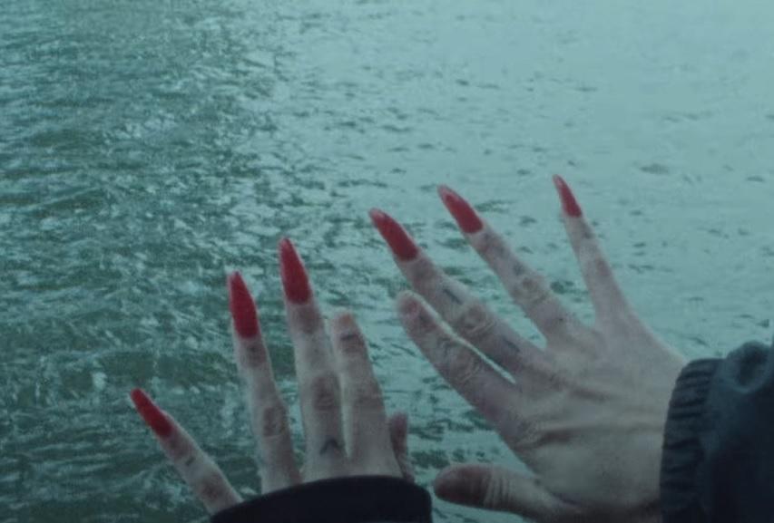 """Krystal Klear: """"Neutron Dance"""" Video"""