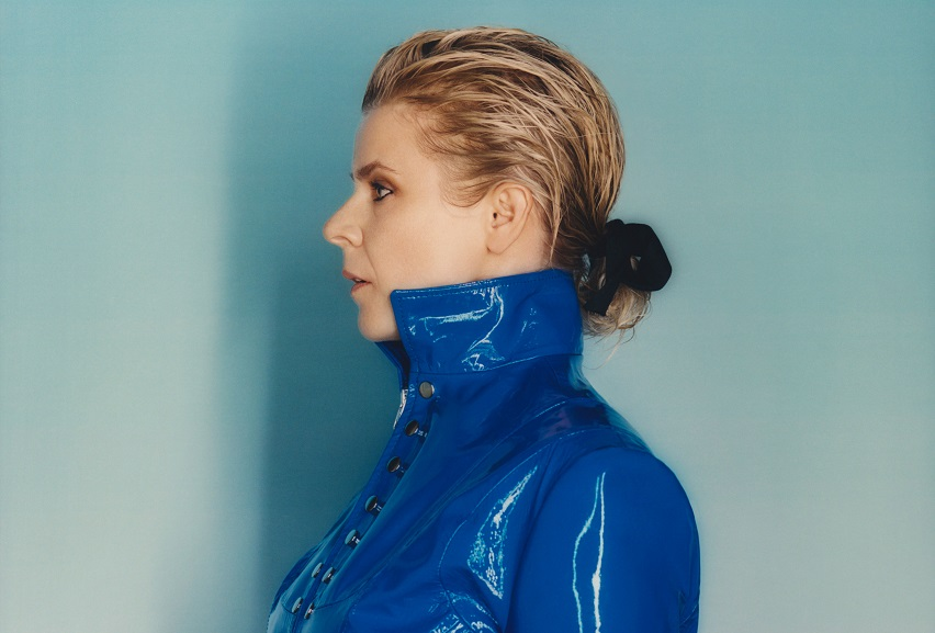 "Robyn: ""Between The Lines (The Black Madonna Remix)"""